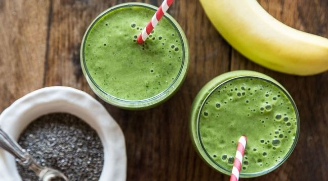 Spinach and banana: food combination for weight loss
