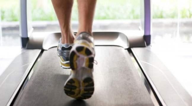 treadmill: running on road