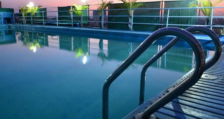 Pune Fitness Club: swimming pool in Pune