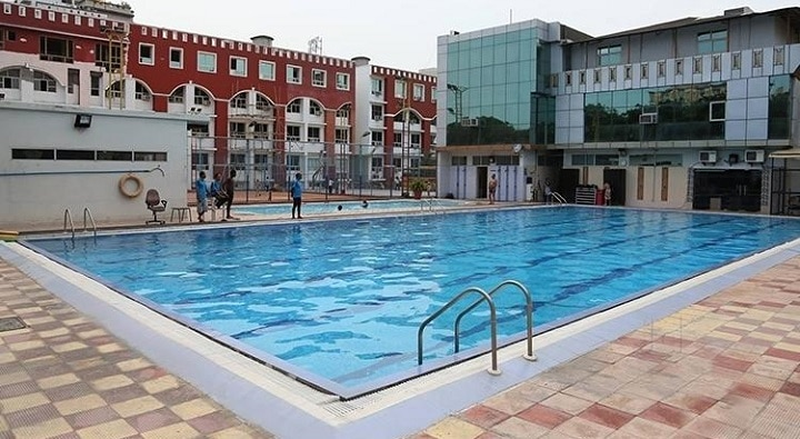 ramagya sports academy: Noida Golf Course: best swimming pool in Noida