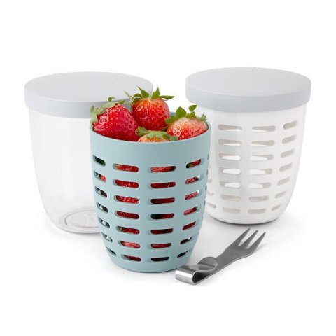 on-the-go fruit and veggie colander container