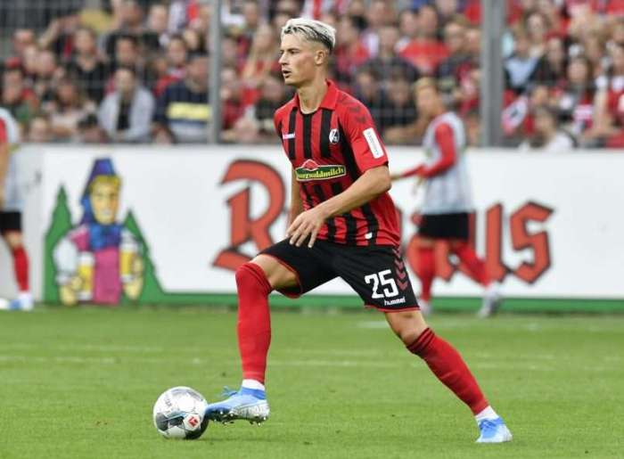 """Freiburg defender Robin Koch on his future: """"There is no reason to ..."""