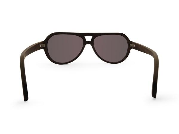Foto van achterkant van houten zonnebril Blackbird van merk foxwood