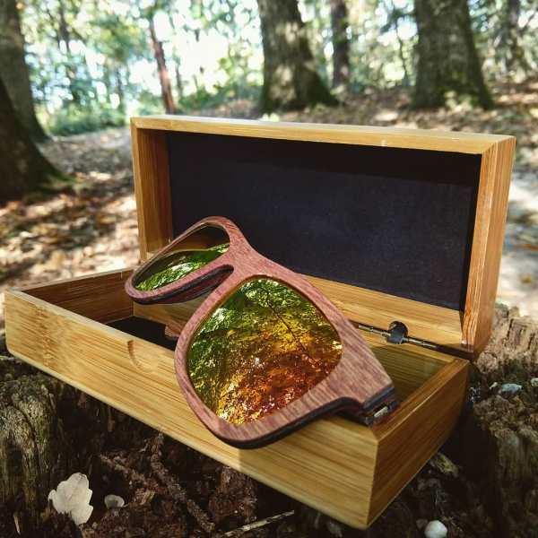 Foto van van houten zonnebril Explorer van merk foxwood en met luxe houten opbergdoos