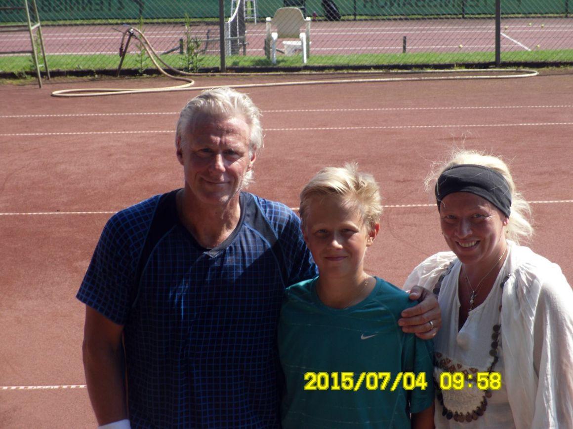 Björn Borg spelar familjetennis i Getinge_1