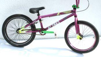 Bike Saddle Black with Saddlebag Hooks | Get Me Fixed