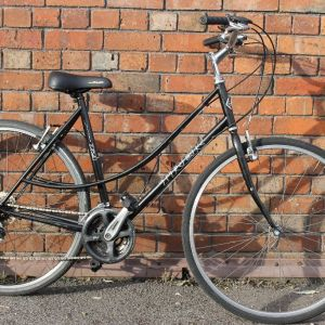 Trek 721 Ladies Hybrid Bike