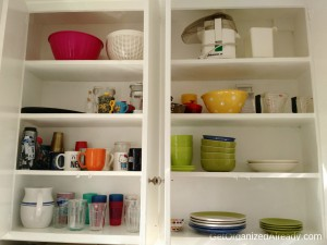 de-cluttered kitchen cabinet