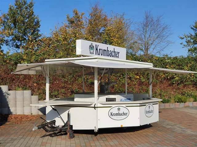 Getränkewagen Krombacher Vorne