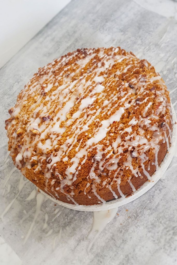 Cake covered in sugar glaze