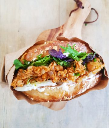 BUFFALO CHICKPEA SANDWICH