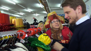 Choosing a costume for the Cologne Carnival