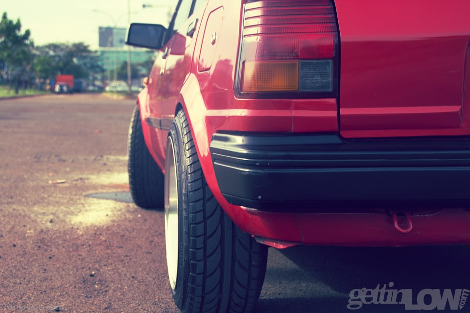 red toyota starlet 5