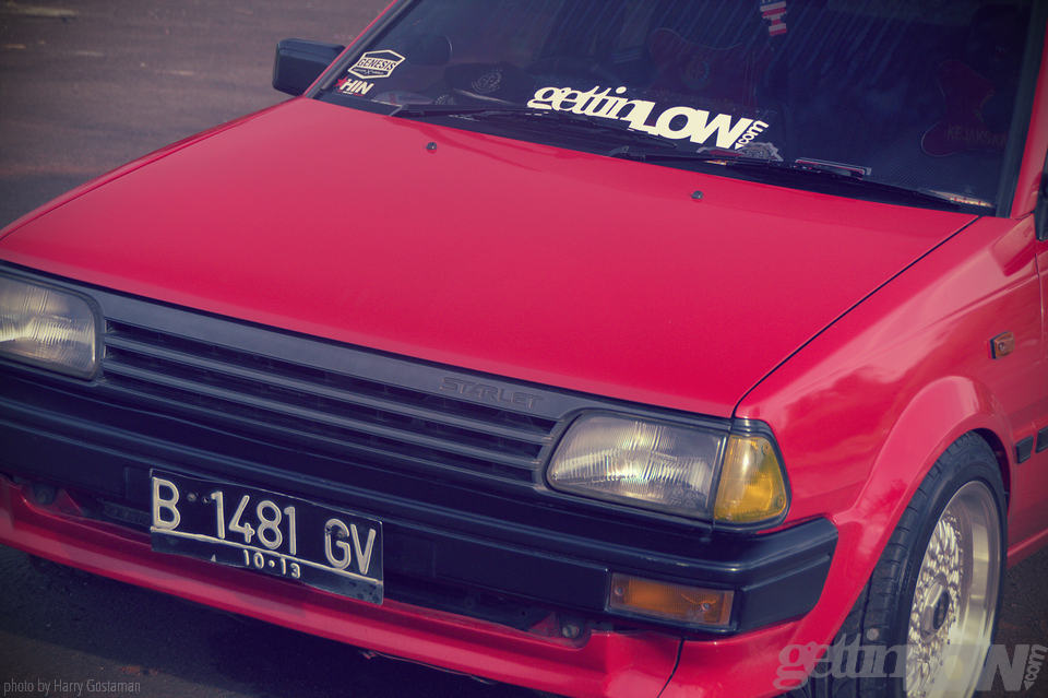 red toyota starlet 6