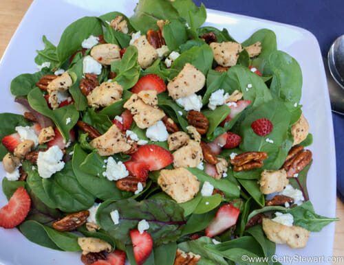 Strawberry Spinach Salad with Balsamic Dressing ...