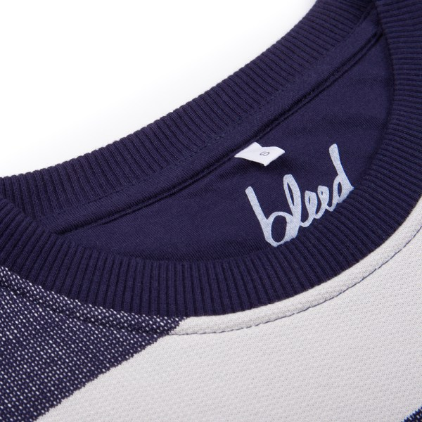 bleed-clothing-1746f-captains-sweater-ladies-detail-01