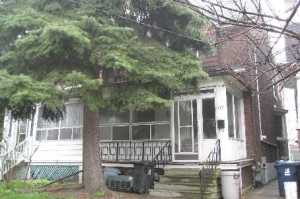 177 Galley Ave - Roncesvalles Century Home SOLD by the BREL team (8)