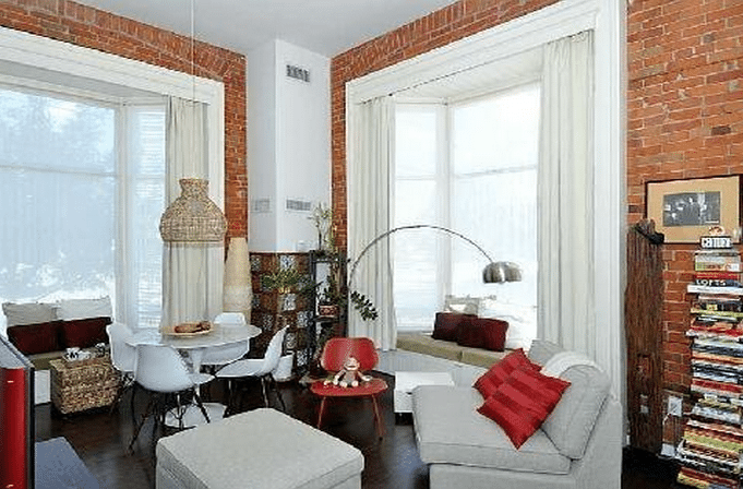 915 King Street West Unit 209 | $319,000