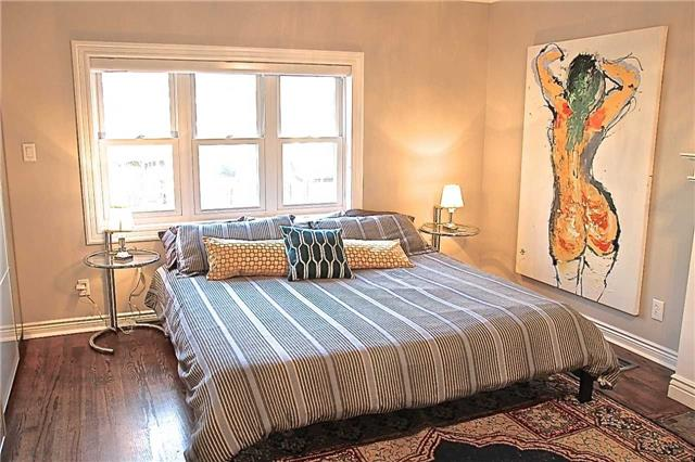 Toronto Bellhaven House Master Suite