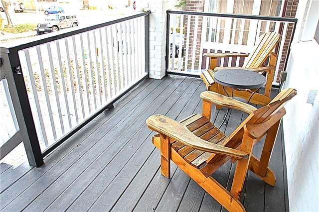 Upper Beach Front Porch