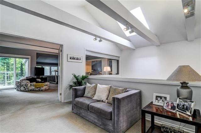 fallingbrook-beach-house-for-sale