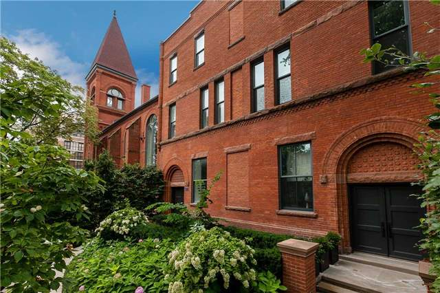 townhomes-toronto-little-italy