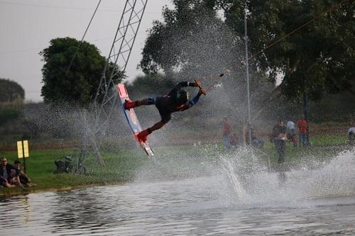lake tlv wakeboard10