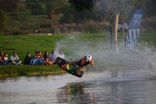 lake tlv wakeboard11