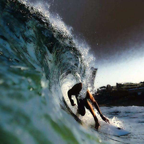 ניסים אטון גלישת גלים