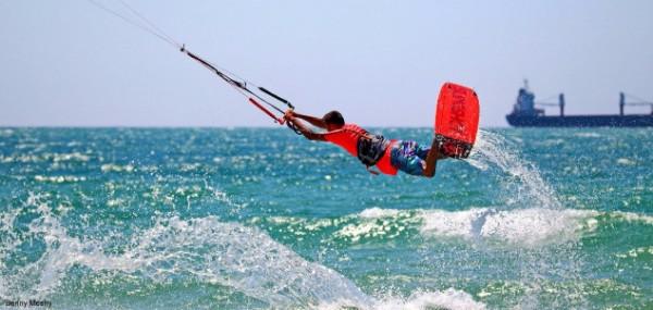 עפיפונים בנמל - אליפות אשדוד הפתוחה בקייטסרפינג