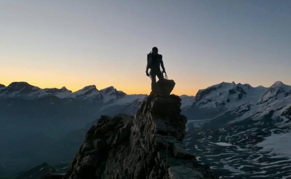 הכי גבוה שאפשר – לגלוש מחוץ לפיסט