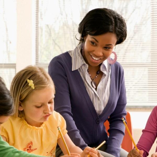 teacher appreciation day | Gifts for Teacher appreciation day #teachers #teacher #gifts #momlife