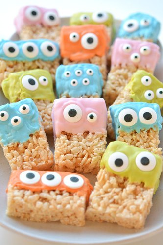 7 Foods to Make Halloween Extra Fun| Not So Scary Halloween Monster Rice Krispie Treats.