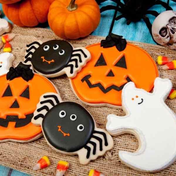 25 Halloween Cookies that taste so good!