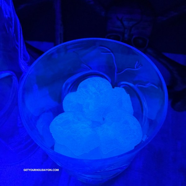 Make Glowing Skull Ice