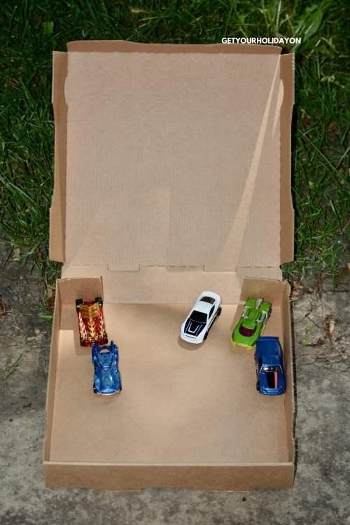 Toy Car Hack #boymom #toycars #diycraft #roadtrip