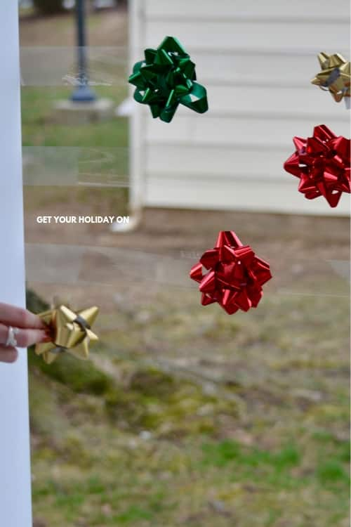 Christmas Bow game for kids that Santa will laugh about!