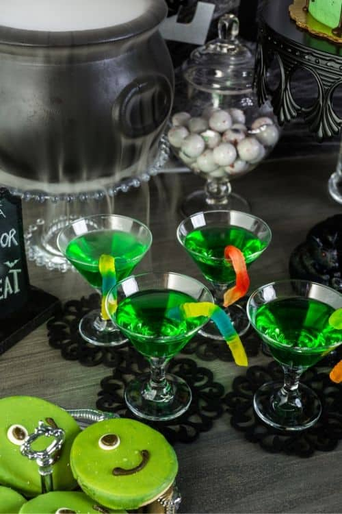 How to throw an adult Halloween party ideas!