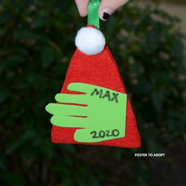 easy ornaments kids can make for Christmas tree.