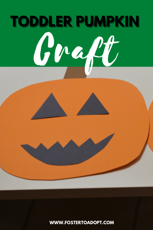 A toddler pumpkin crafts easy to put together on table for little ones.