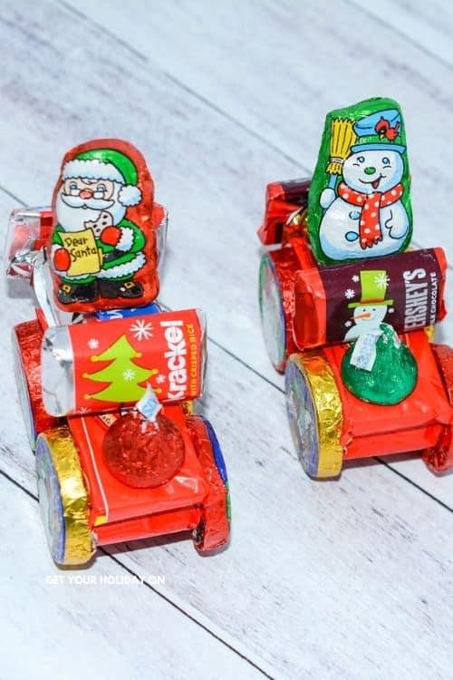 Make a Candy Santa Sleigh in just a few easy steps.