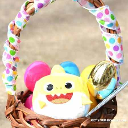 toddler easter gifts an easy diy basket idea.