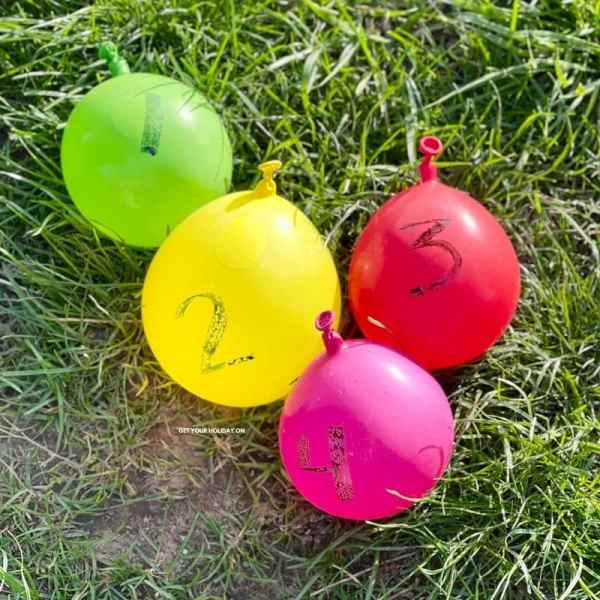 Play fun water balloon games this summer from Getyourholidayon.