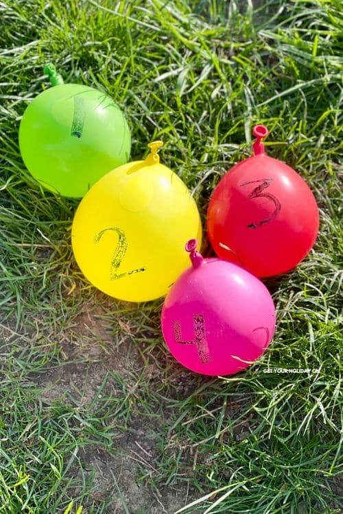 Fun water balloon games to make in just a minute or less.