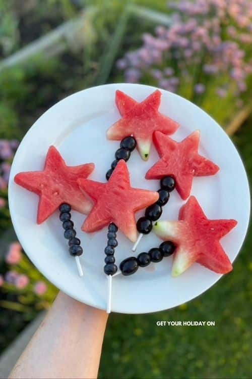 This magic wand fruit pop turned into a watermelon star wand is a fun party food idea.