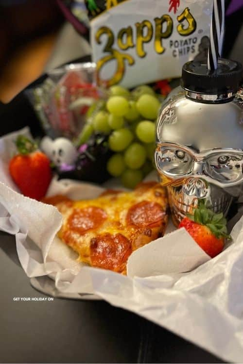 Halloween lunch ideas for kids or adults.