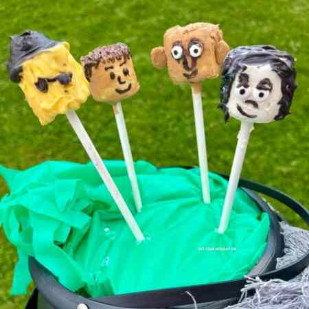 marshmallow pops for Addams family costumes