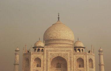 Agra010