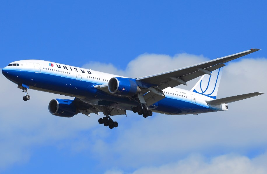 united_airlines_geziko