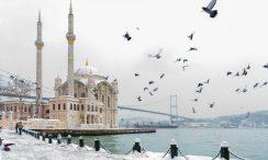 Ortaköy camii kış görseli
